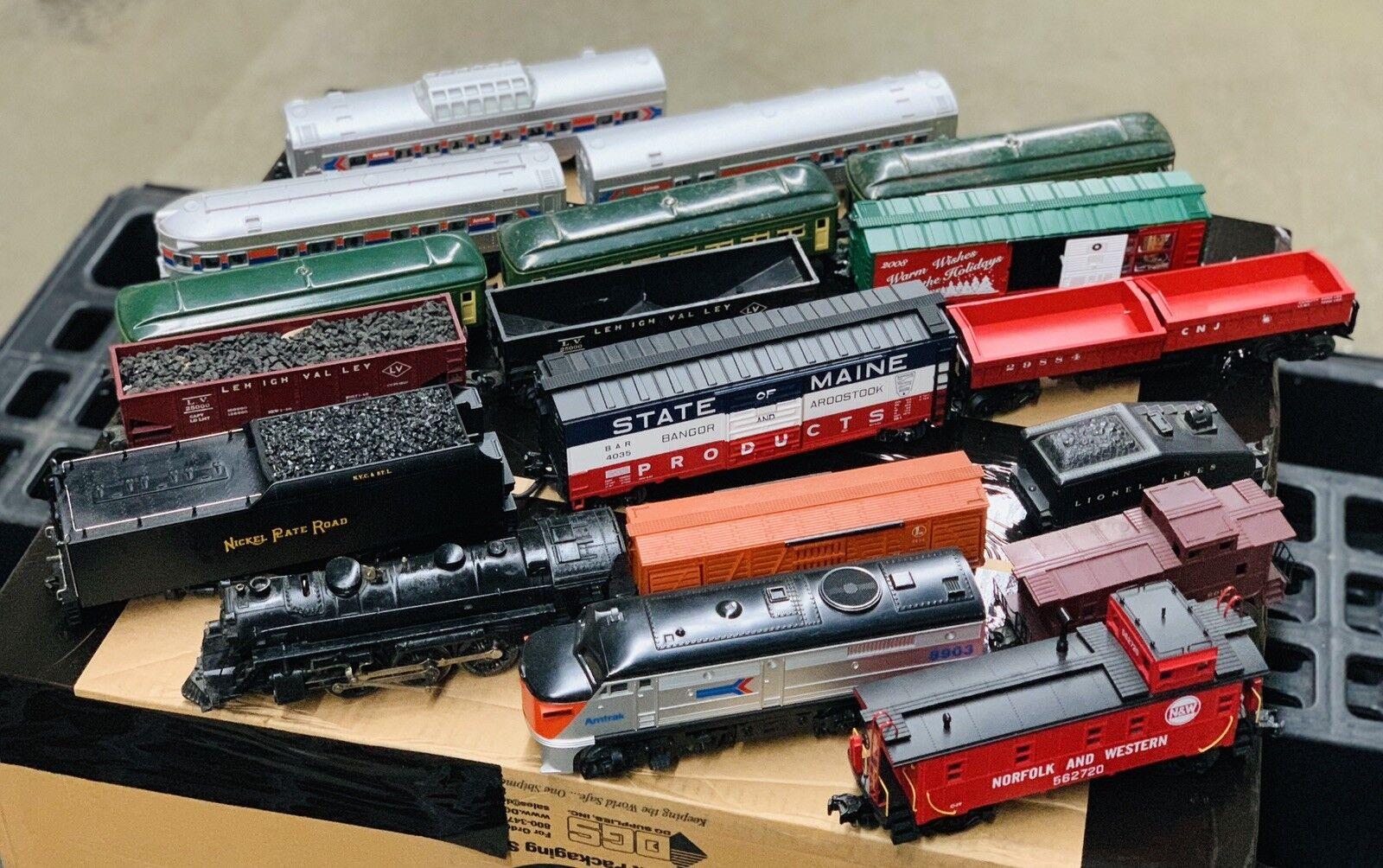 Lote de Trenes, gran condición Lionel y otros 18 piezas