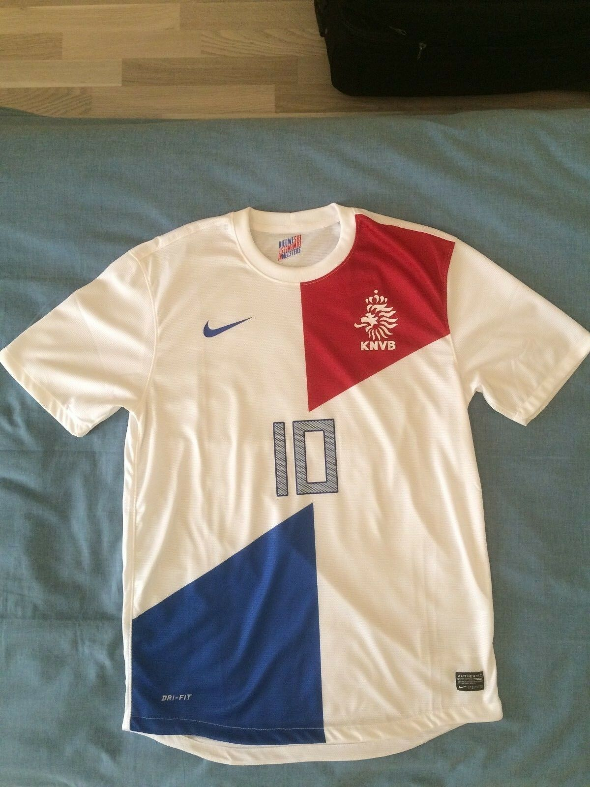 Netherlands Holland shirt jersey 2013 Wesley Sneijder replica new - with tags