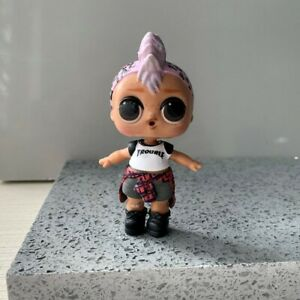 Authentic Lol Surprise Dolls PUNK BOI BOY/'s outfit Clothes /& SHOES /& bottle