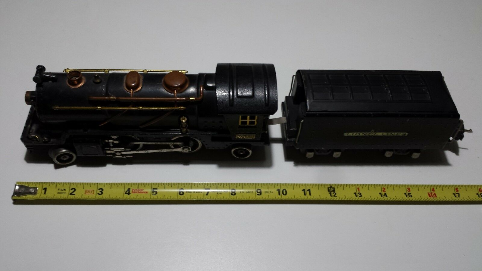 LIONEL 262 Locomotive & 265-T Tender O O O Gauge 6bb498