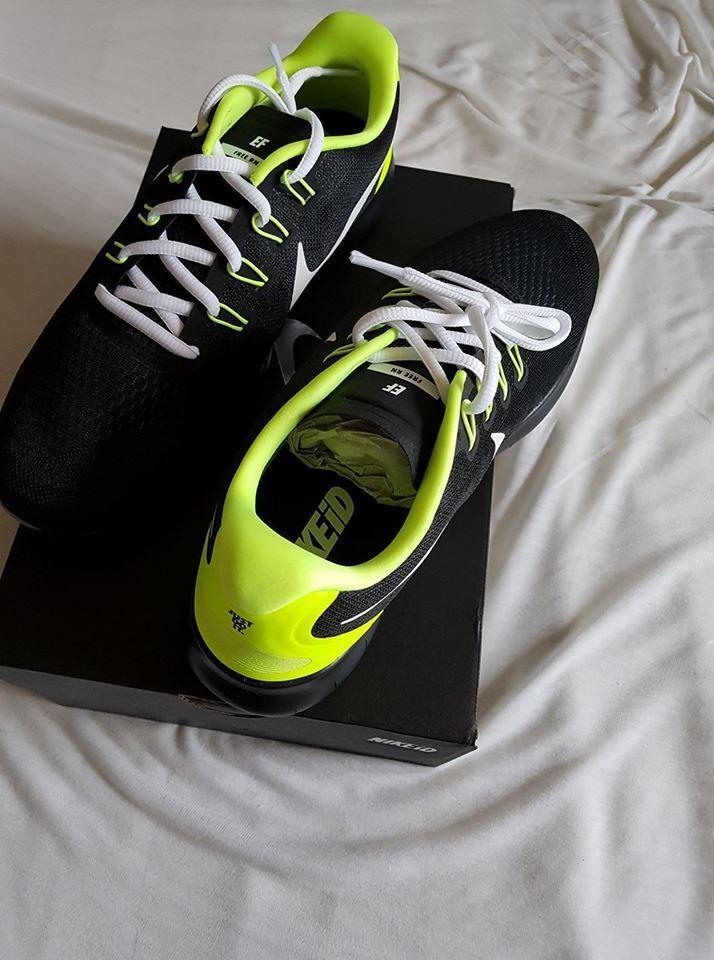 Nike Free Run ID Laufschuhe schwarz neon gelb in 43