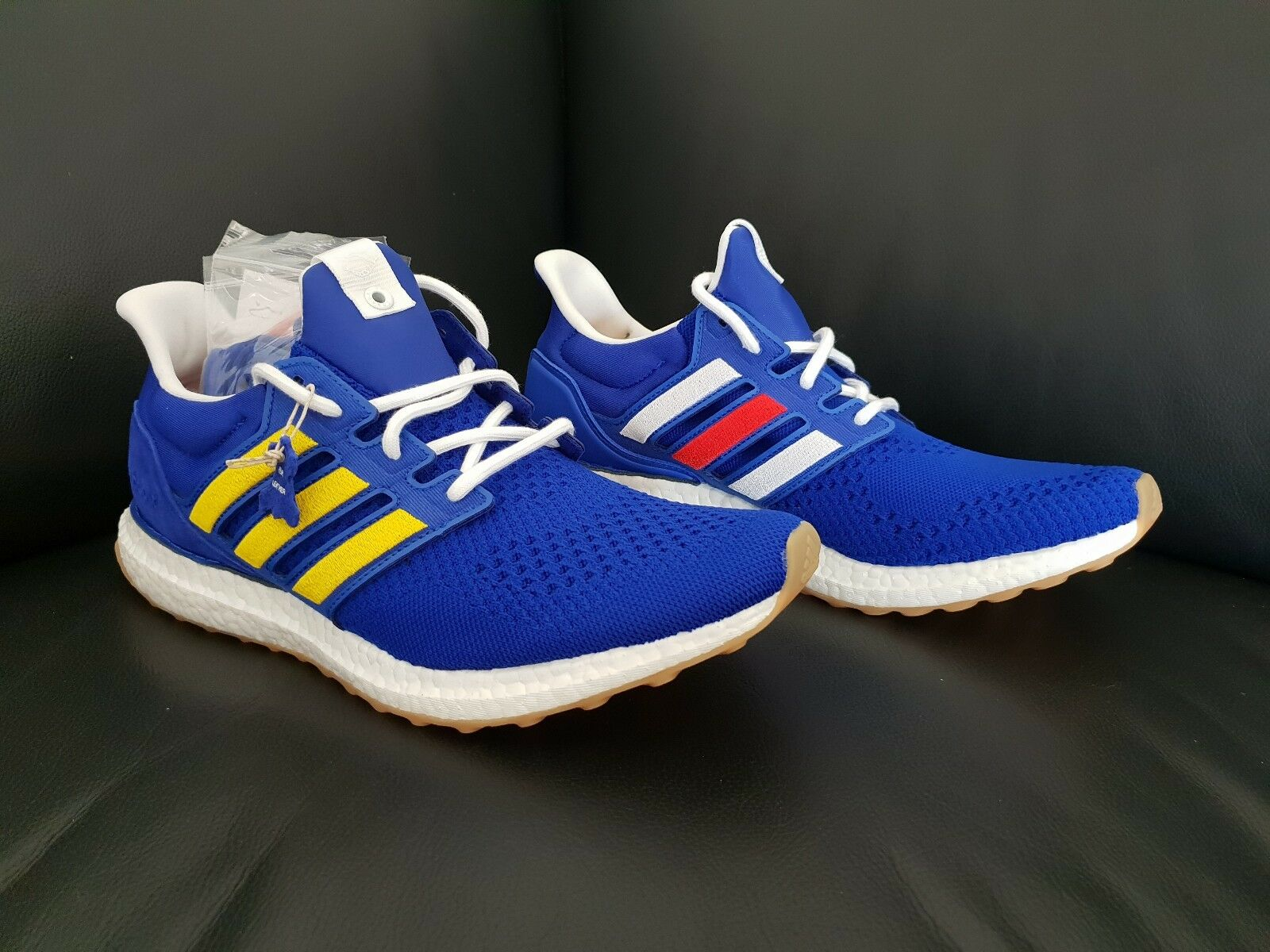 Adidas Adidas Adidas x manipulierte kleidungsstücke ultra - boost, blau / multi - farbe, 10 us - a69d62