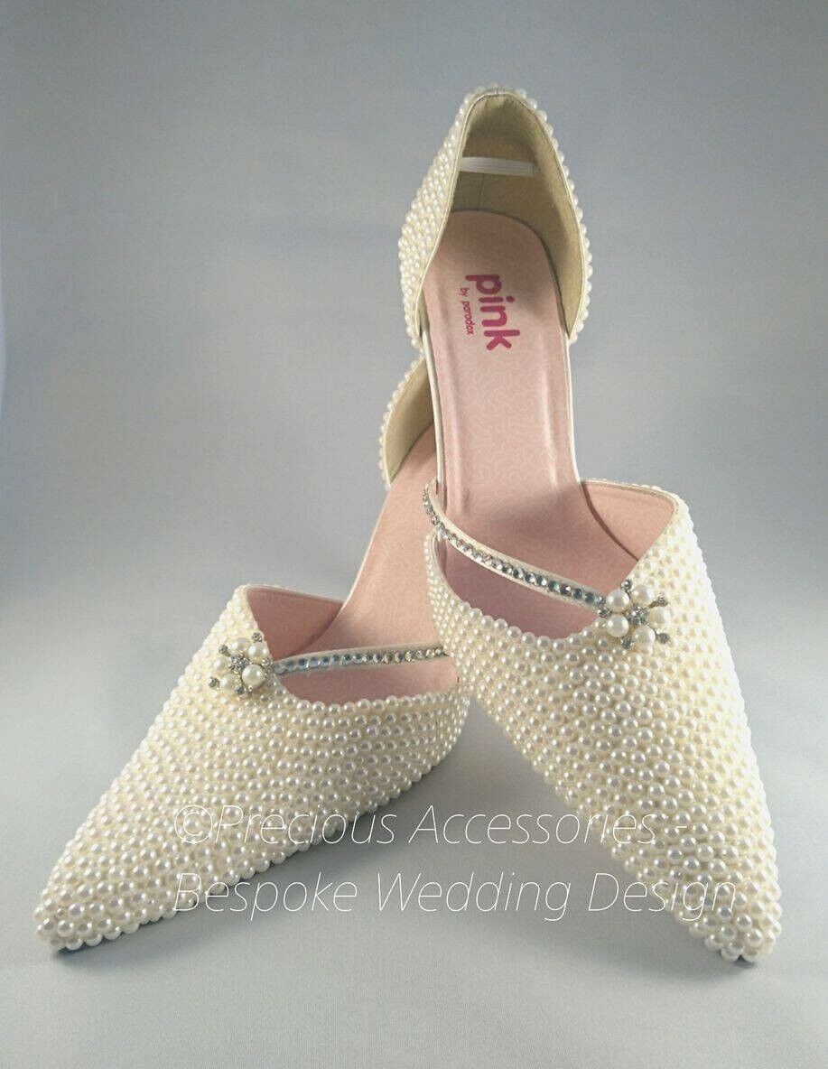 Ivory Wedding Shoes in Satin, Size 7 (40) new with Box Paradox by Pink