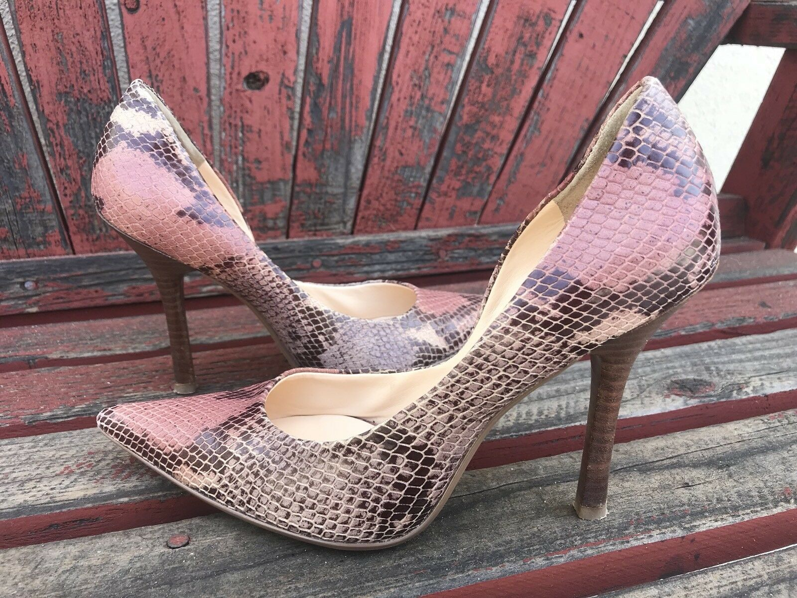 pinK BRoWN SNaKeSKiN EUC SZ Pointy 7 Pointy SZ Toe CARRIE Stiletto Heels PUMPS GuESS 1c61ee