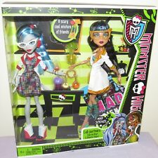 f6eab416b755 Monster High Doll Cleo Ghoulia Mad Science Lab Partners Frankie Classroom  ICK