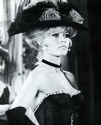Brigitte Bardot 8x10 Classic Hollywood Photo. 8 x 10 B&W Picture #2