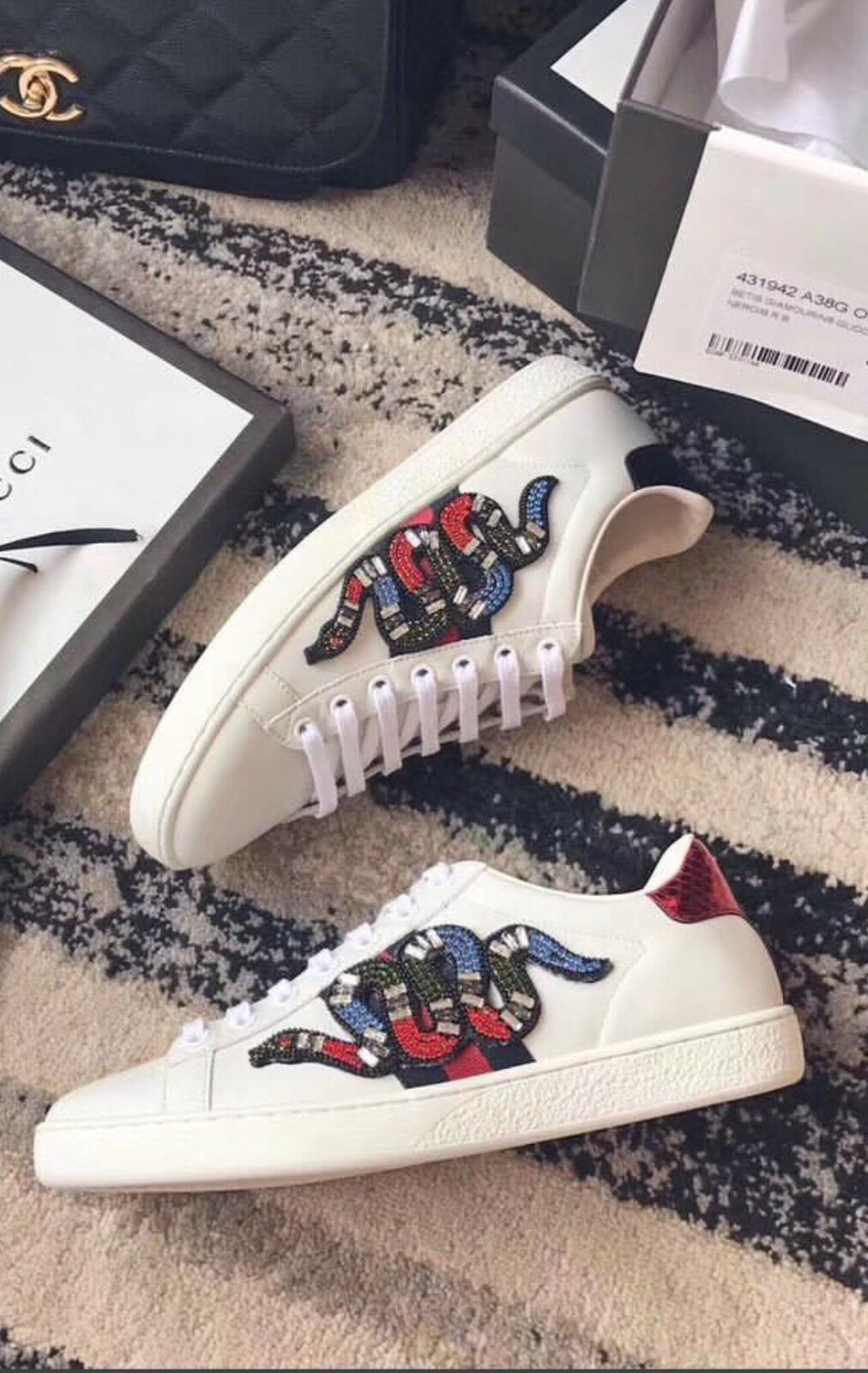 Sneakers women 7.5 stones snakes on sides