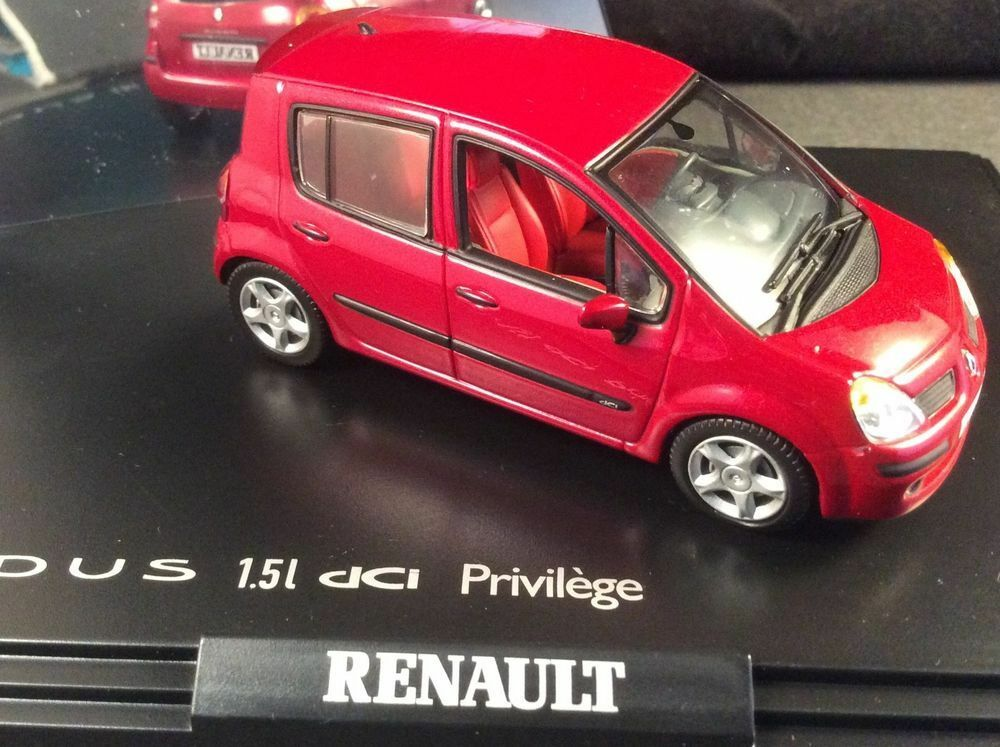 RENAULT MODUS 1.5 DCI PRIVILEGE PHASE 1 CHERRY rouge NOREV 7711227755 1 43 rouge