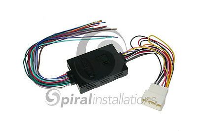 Factory AMP Retention Harness for Aftermarket Radio AXXESS TYTO-01