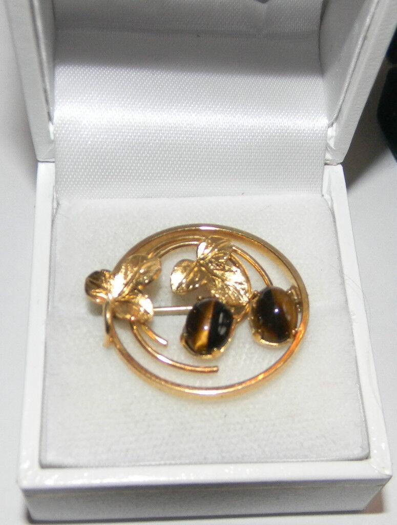 Darling Vintage 12K gold Filled Flower Brooch Tiger's Eye Cabochons Wells.