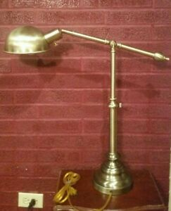Vtg-Brass-Clam-Table-Lamp-Heavy-Base-Adjustable-Height-Tested-Works