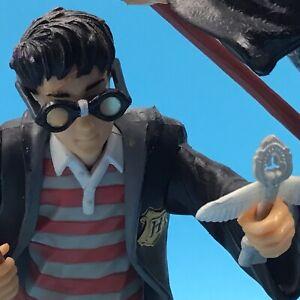 Vintage 2000 Harry Potter & Ron Weasley Quidditch Platform Figurine