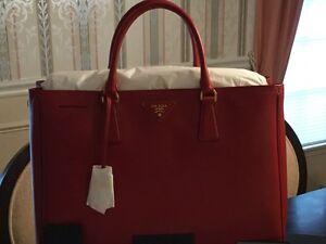 48025e771536 Prada Saffiano Lux Tote Fuoco-Red Large with Gold Hardware | eBay