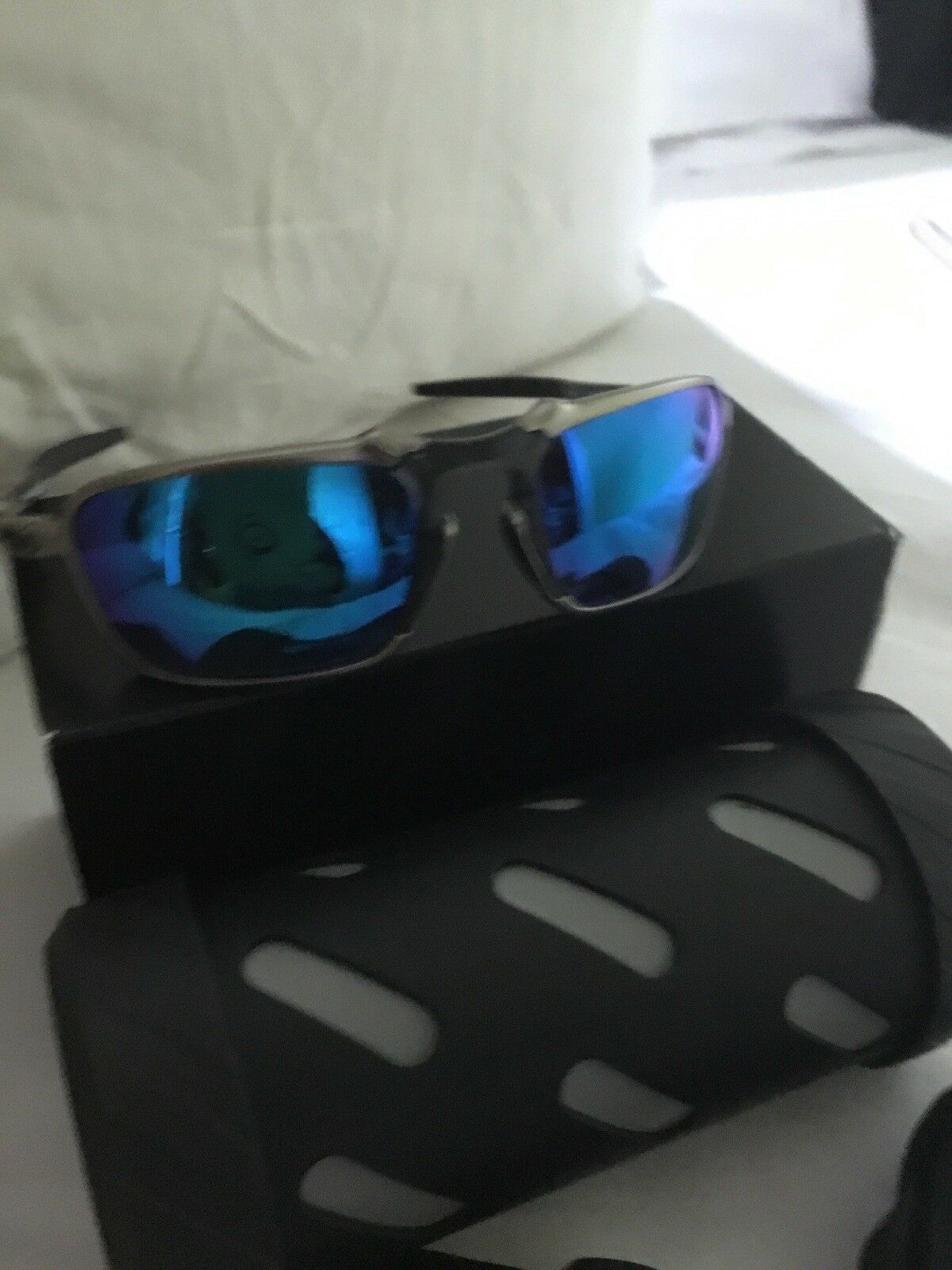 db6035477 Oakley Badman OO6020-04 Dark Plasma With Sapphire Iridium Polarized ...