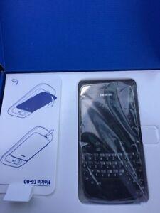 Nokia-E6-00-8-GB-Black-Ohne-Simlock-Sambyan-Anna-Neu-100-Original