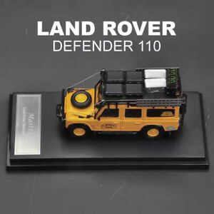 Master 1:64 Land Rover Defender 110 with Replenishing supplies Diecast car