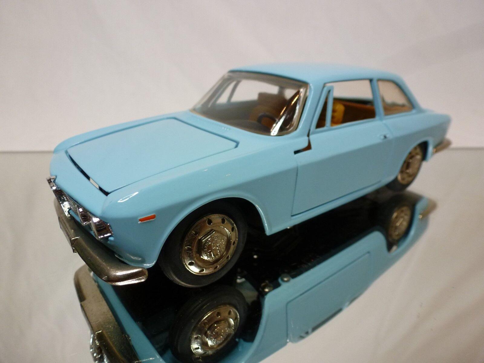 TOGI 8 ALFA ROMEO GIULIA GT SPRINT - LIGHT blueE 1 23 - EXCELLENT CCONDITION