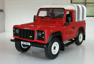 Spielzeugautos 1:3 2 Maßstab Land Rover Defender Tdi TD5 Tdci 90 Ifor Williams Rücken Britains