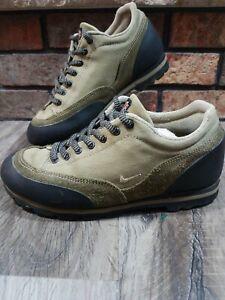 Vintage Nike ACG Brown Leather Low Top