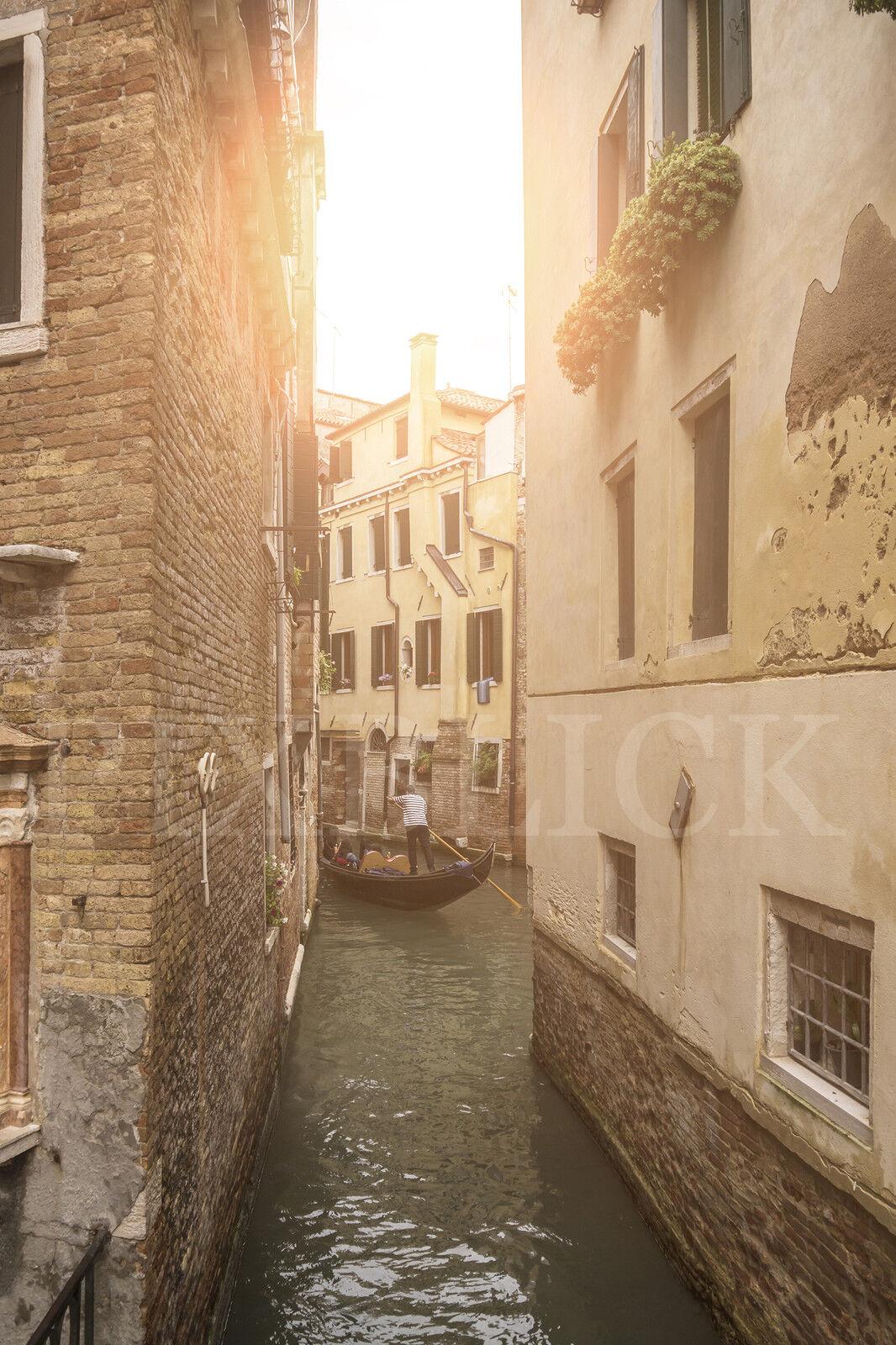 Fensterbild Venedig Gasse Gondel Milchglasfolie (Sichtschutz) wiederablösbar | Stilvoll Stilvoll Stilvoll und lustig  625684