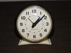 VINTAGE-3-1-4-034-HIGH-WESTCLOX-MADE-IN-USA-WHITE-WIND-UP-ALARM-CLOCK