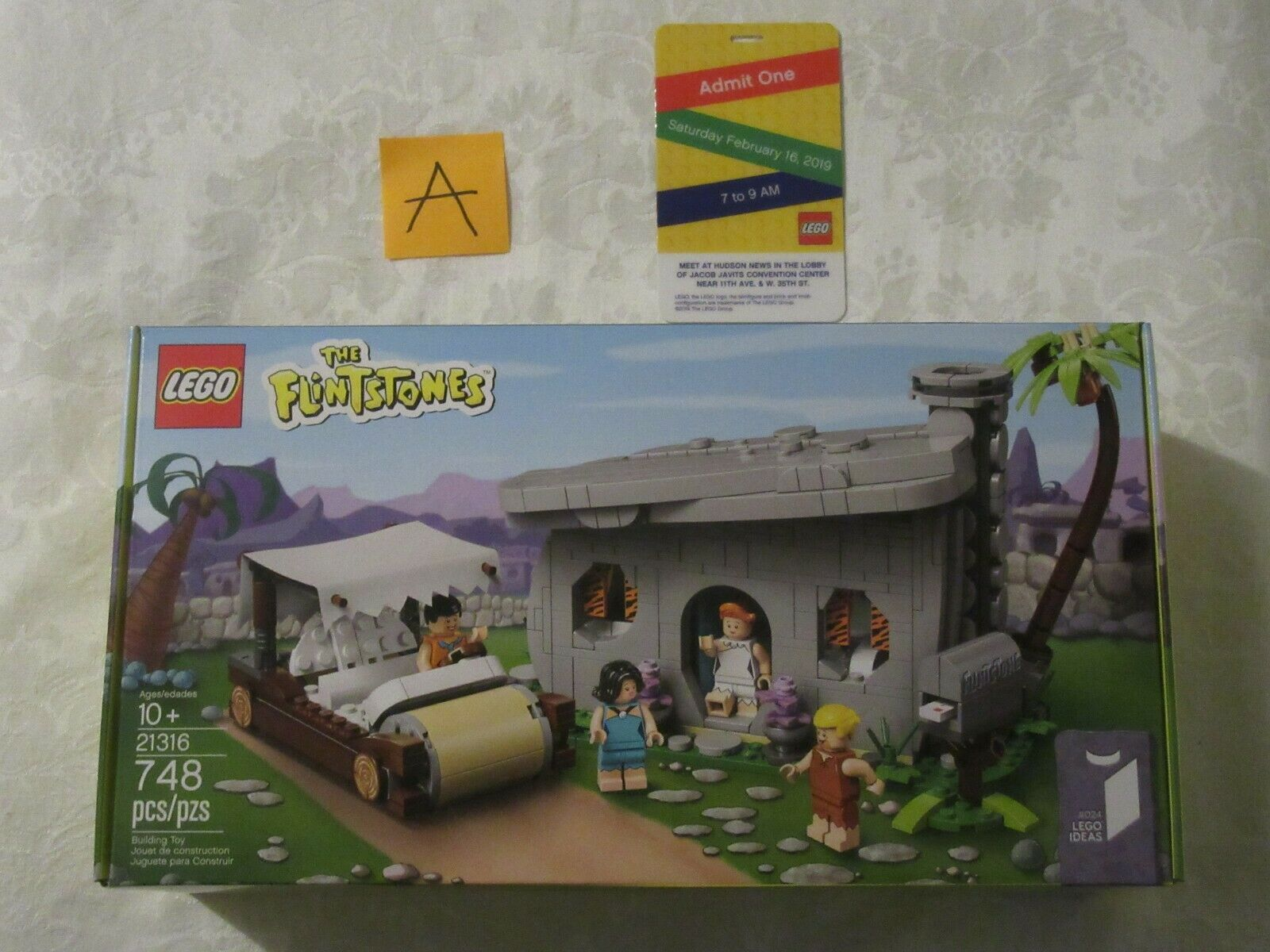 Lego The Flintstones 21316 Ideas NY Toy Fair 2019 Early Release Badge A