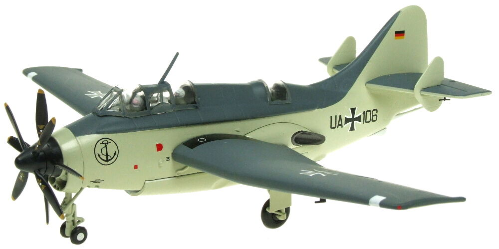 AVIATION 72 AV7252002 - 1 72 Fairey Gannet UA+106 Marine Allemande Diecast Model