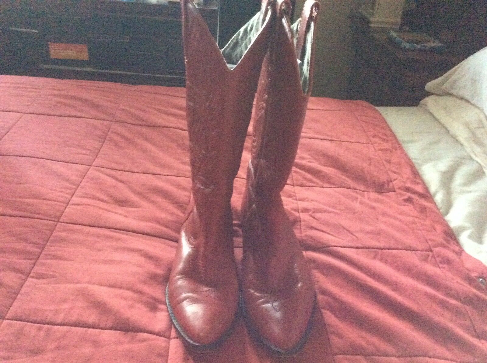 Corral  Circle S Women's Red Embroidered Design Leather Cowgirl Boots Size 7  free delivery