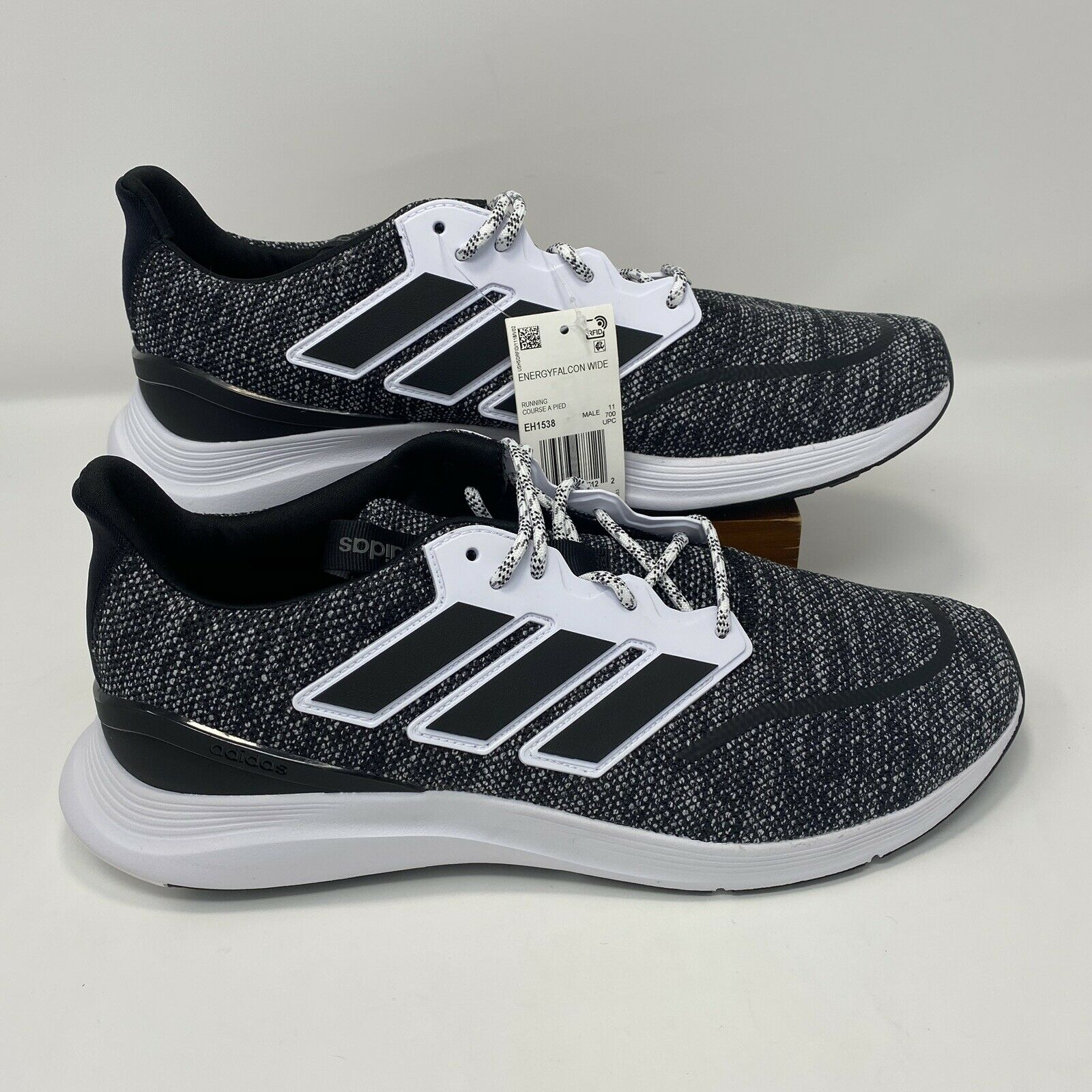 New Adidas Energyfalcon Wide EH1538 Sneakers Mens Size 11.5 black white oreo