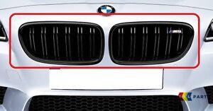 Nuevo-Genuino-BMW-serie-5-M5-F10-Negro-Brillante-Rinon-Rejilla-Par-Set-izquierda-derecha