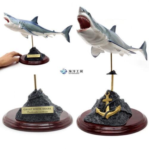 Great White Shark Figure 2 Great white shark Fish carving Handmade kaiyoukoubou