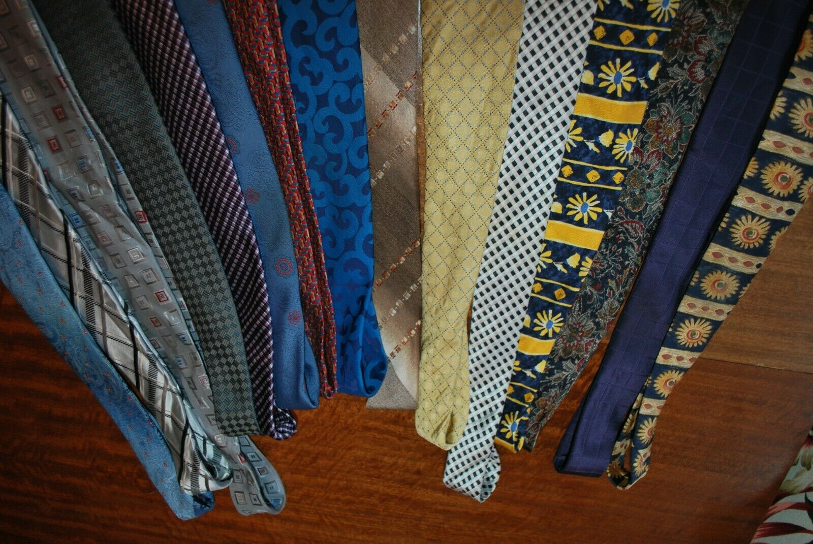 15 x various coloured patterned Tie's job lot bulk buy 15 vintage