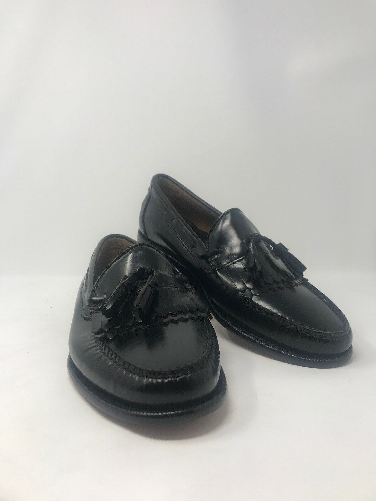 G. H. Bass Co. Tassle Loafers Brand New  10
