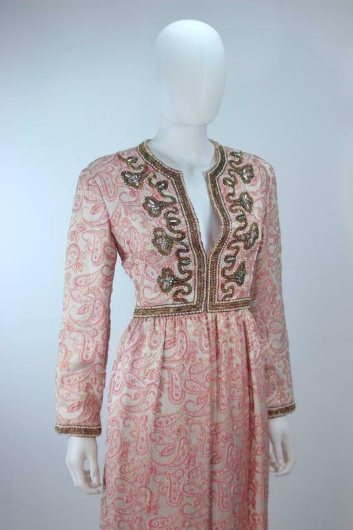 CEIL CHAPMAN 1960s Pink Paisley Brocade Gown with… - image 9