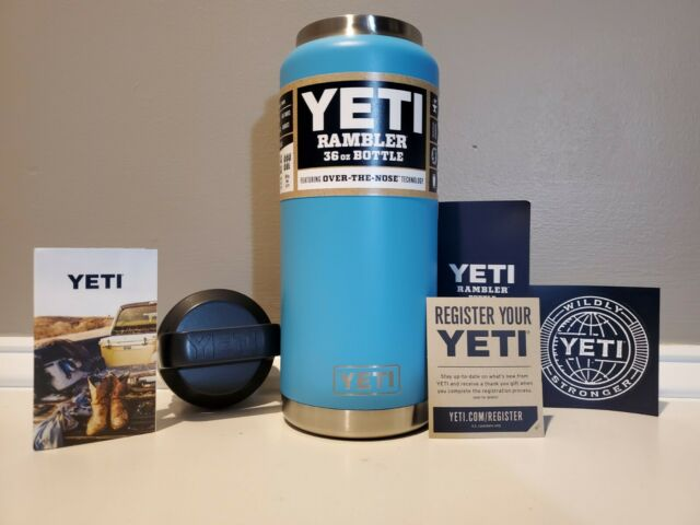 New Authentic YETI Rambler 36oz Bottle Discontinued Color Rare REEF BLUE