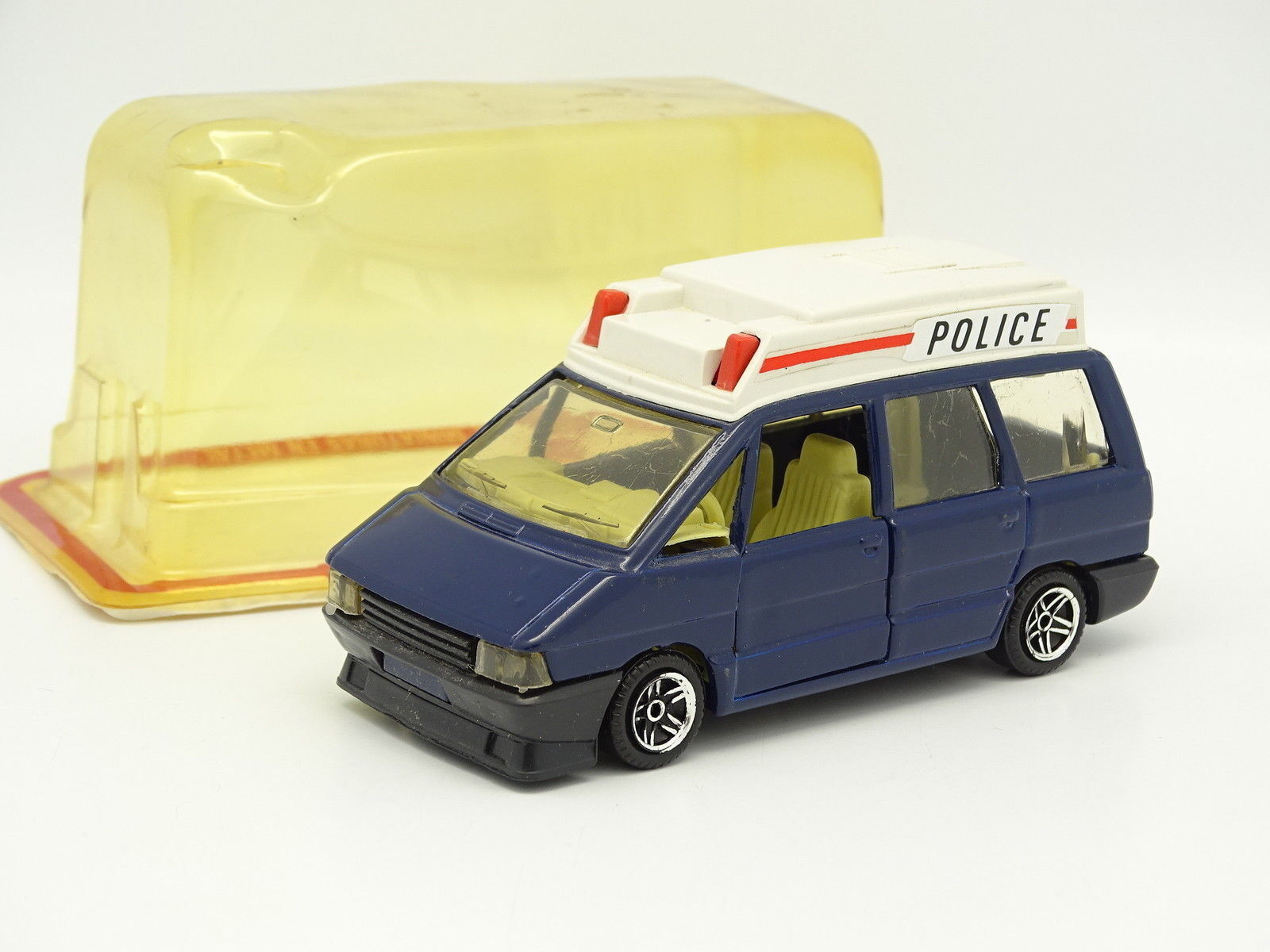 Guisval 1 43 - Renault Espace I Police