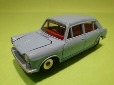 DINKY TOYS 1:43 - MORRIS 1100  NO=140 - RARE SELTEN - NEAR MINT CONDITION