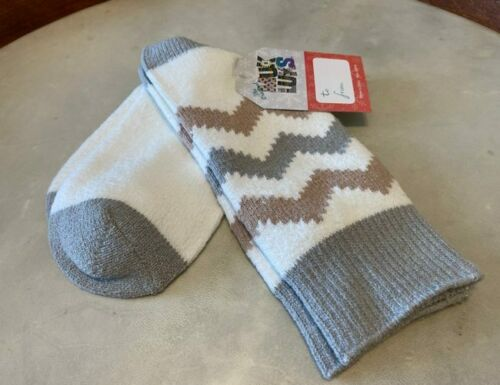 MUK LUKS Ivory Grey Chevron Microfiber Comfy Soft Lounge Boot Socks O//S New