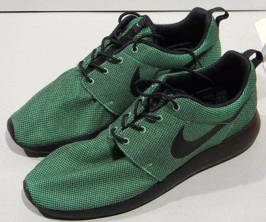 The most popular shoes for men and women Nike Rosherun Roshe Run Poison Green Black Mesh Upper 511881-304 Price reduction