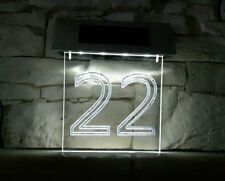 Led Hausnummer, gefertigt nach Kundenwunsch mit Solar
