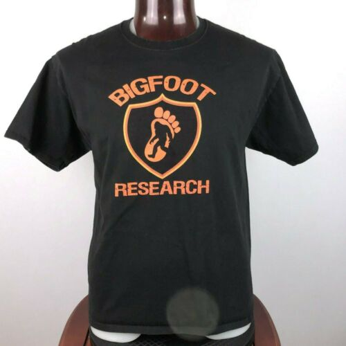 Bigfoot Research Team Mens L Graphic T Shirt