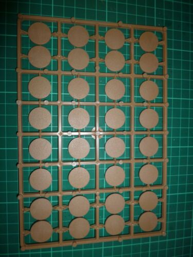 Renedra 32x Round Bases 20mm  plastic new