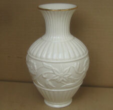 "Lenox Fine China Bud Flower Vase 5 3//4/"" tall Embossed Gold Trim Ivory GUC"