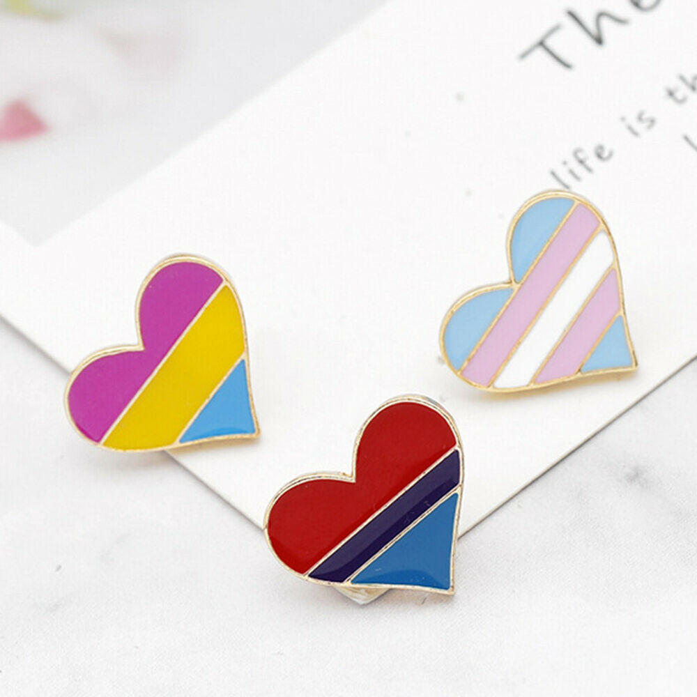 Lovely Rainbow Heart Enamel Brooch Pin Gay Pride Badge Hat Collar Jewelry Little Fashion Jewelry