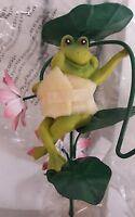 Whimsical Solar Garden Frog Light With Shepherd's Hook (new In Box) Qvc