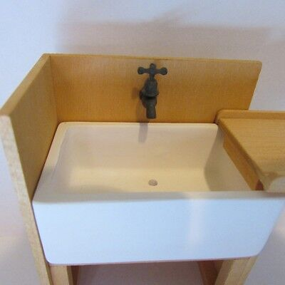 DOLLS HOUSE Old Looking  Belfast Sink With Water Pump