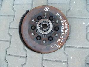 Nissan-Terrano-II-R20-2-7-Achsschenkel-Freilaufnabe-links