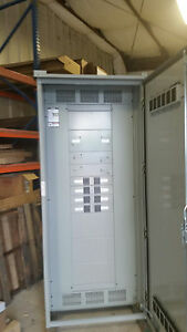 2000amp siemens circuit breaker distribution center mlo main panel