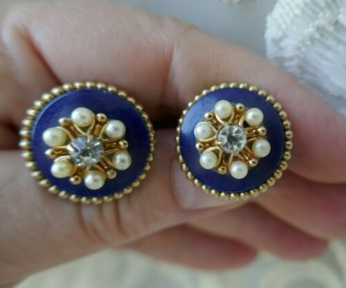 Vintage Coro Earrings Faux Moonstone /& AB Rhinestones Satin Glass Faceted Navettes Lovely Colors