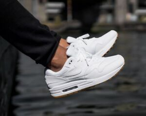 official photos 37e51 18db3 BNWB & Authentic Nike ® Air Max 1 Trainers - All White with Gum Sole ...